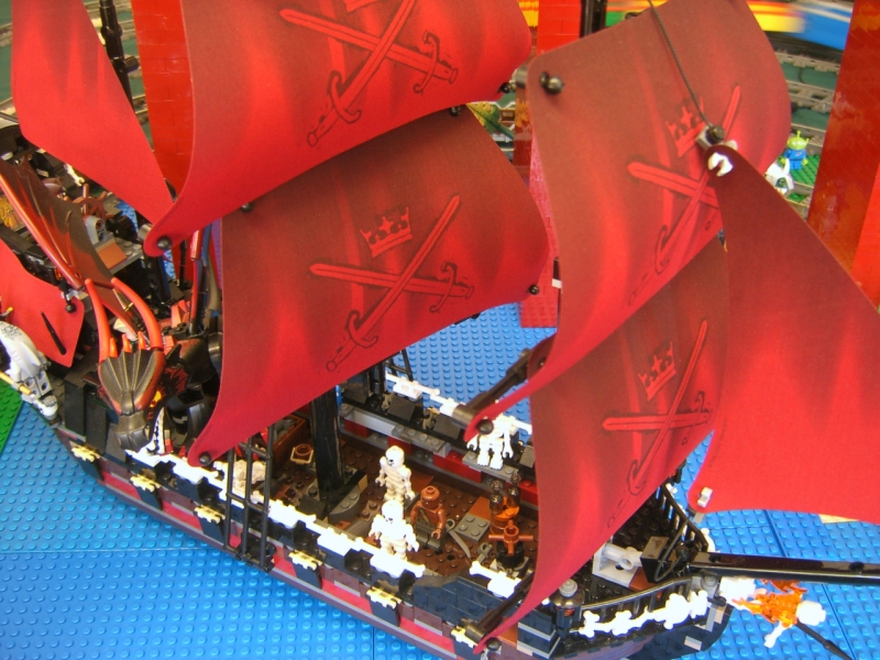 Queen Anne's Revenge - new ship for the skeleton forces!